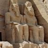 egypt_abu-simbel_statues-10
