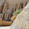 egypt_abu-simbel_statues-3