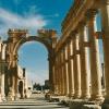 syria-palmyra_colonnaded-street